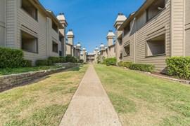 Foxhaven Apartments Frisco TX