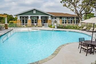 Pool at Listing #288997