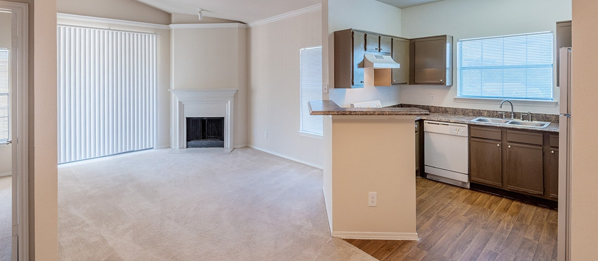 Living/Kitchen at Listing #140775