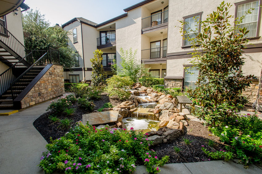 Vail Village Apartments , TX