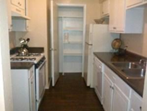 Kitchen at Listing #137262