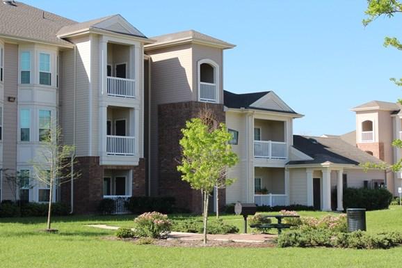 Cortland League City Apartments