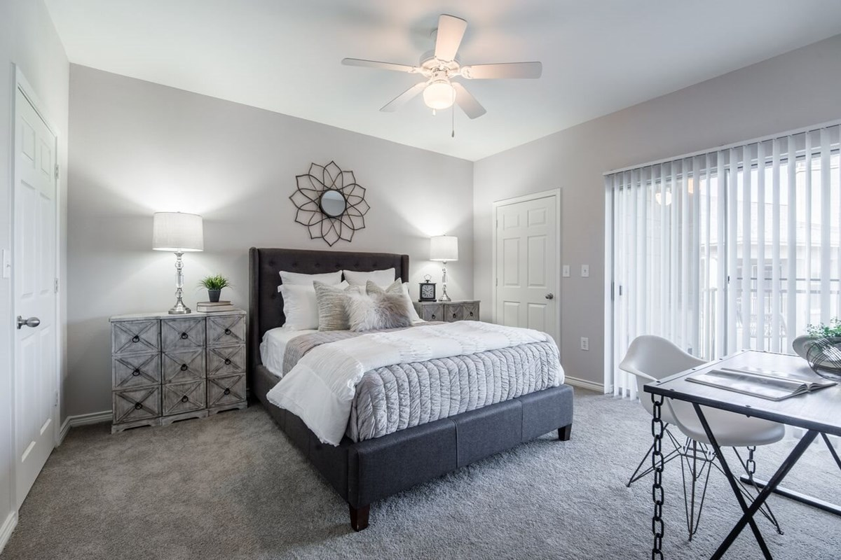 Bedroom at Listing #138116