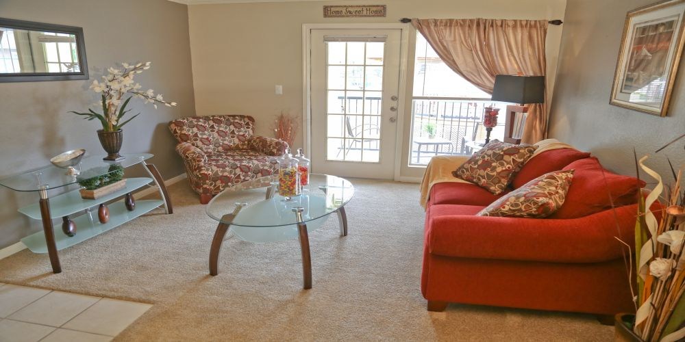 Living Area at Listing #141300
