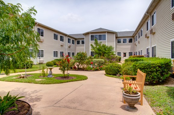 Court at Round Rock Apartments