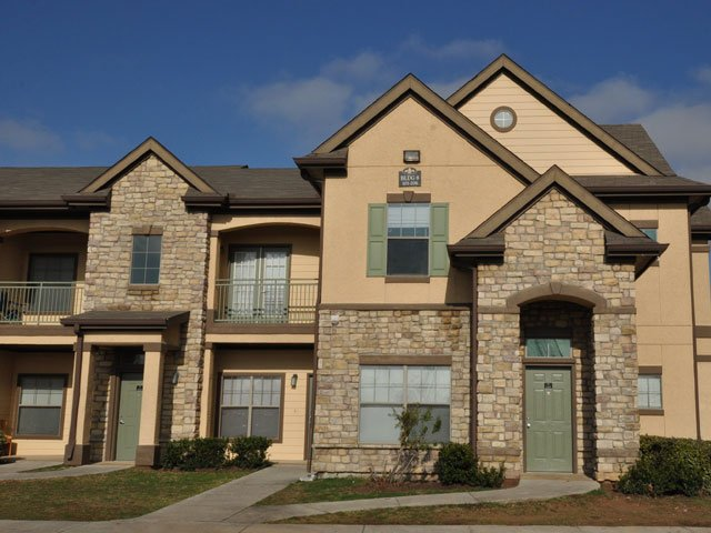 Exterior at Listing #144473