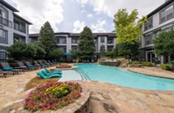 Pool at Listing #138970