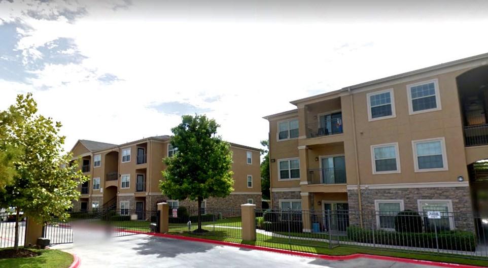 Lexington at Champions Apartments
