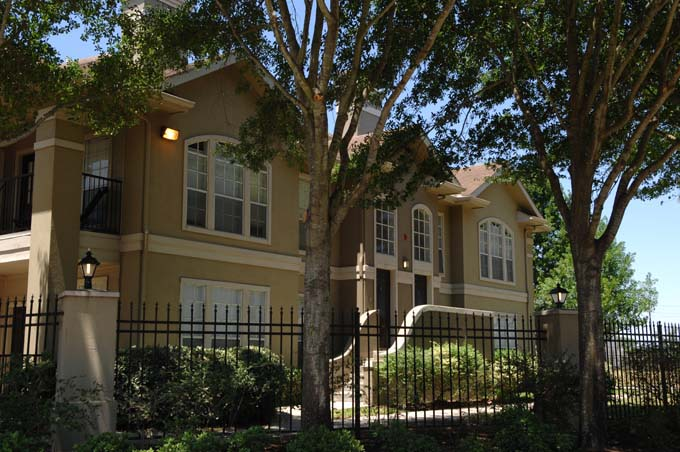 Exterior at Listing #138705