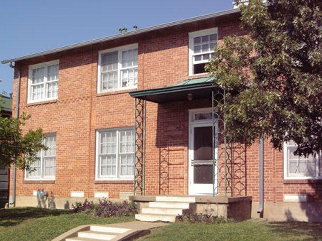 Virginia Manor Apartments Dallas TX