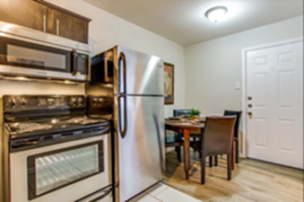 Dining/Kitchen at Listing #213376