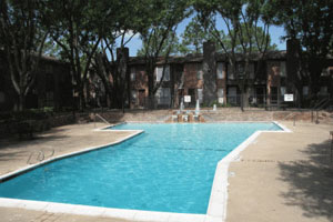 Pool at Listing #139873