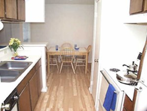 Kitchen at Listing #138850