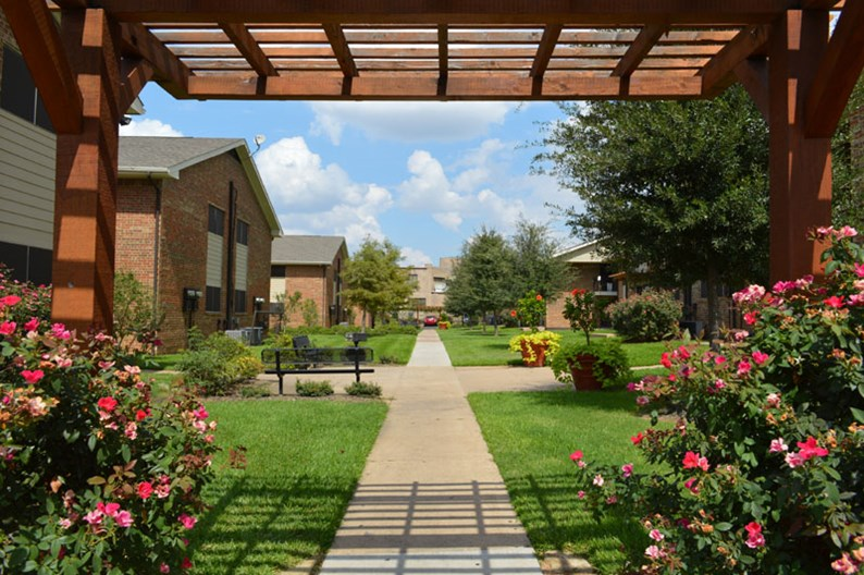 Parkway Villas Apartments