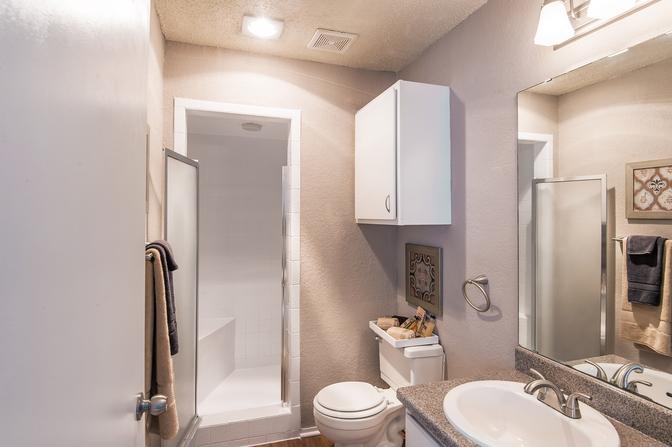 Bathroom at Listing #137994