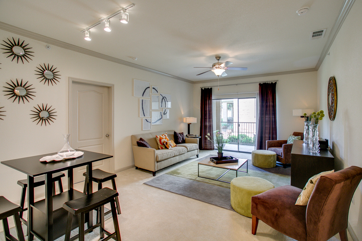 Living Room at Listing #250225