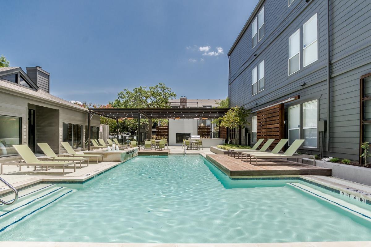 Pool at Listing #135800