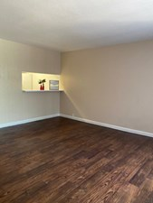 Living at Listing #139618