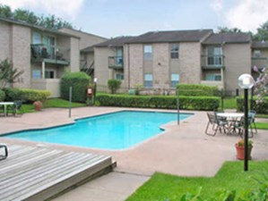Pool at Listing #144462