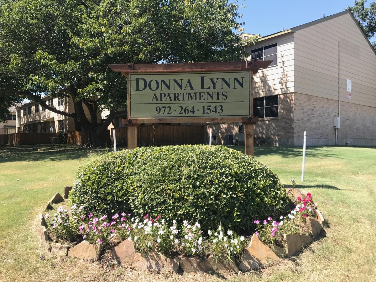 Donna Lynn Apartments