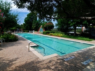 Pool at Listing #137620