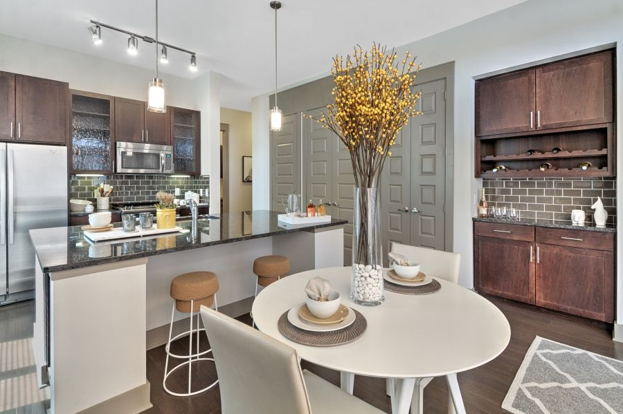 Dining/Kitchen at Listing #282691