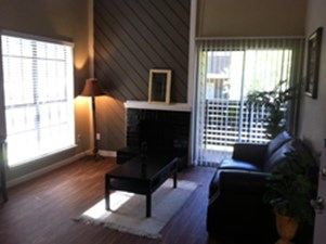 Living at Listing #136468