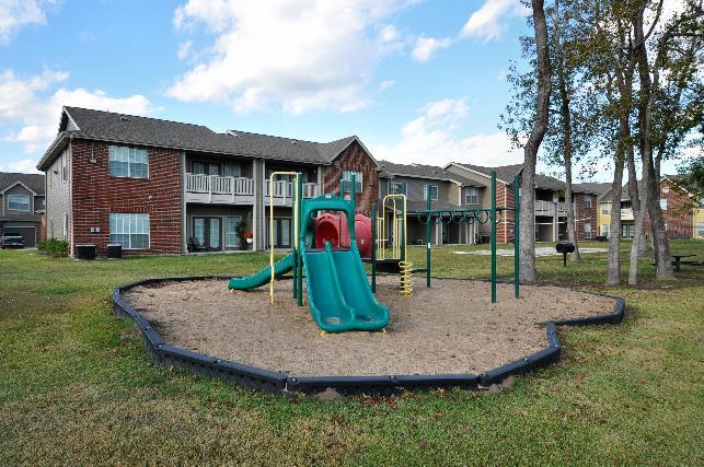 Playground at Listing #138548