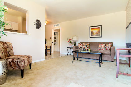 Living at Listing #136646