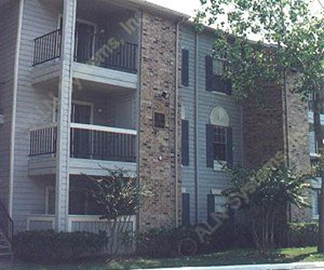 Bayou Oaks Apartments