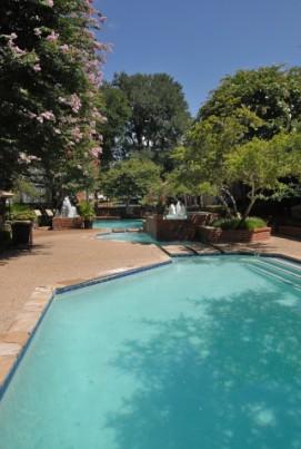 Pool at Listing #140177