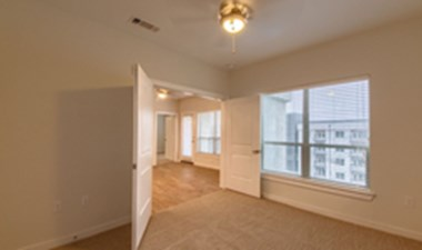 Bedroom at Listing #291849