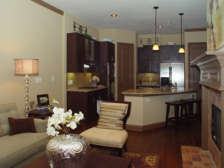Living Area at Listing #144708