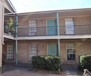 Country Club Village Apartments , TX