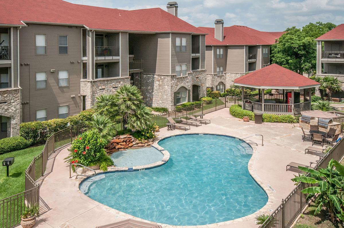 Rosemont Olmos Park Apartments San Antonio TX