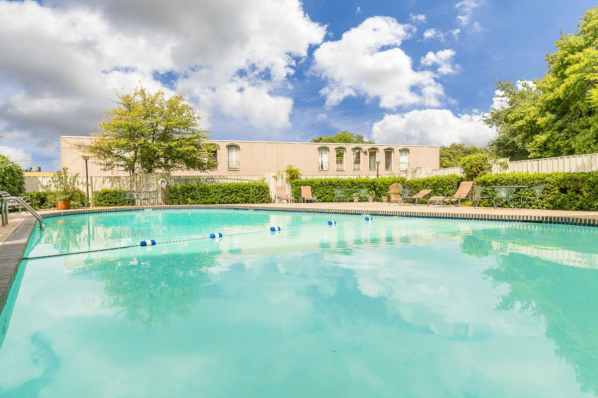 Pool at Listing #143386