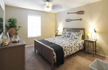 Bedroom at Listing #140882