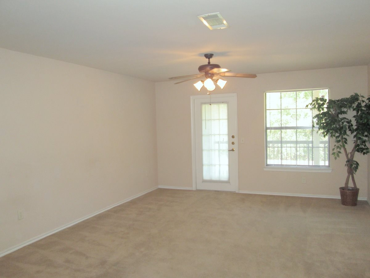 Living at Listing #144097