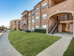 River Oaks Apartments Wylie TX