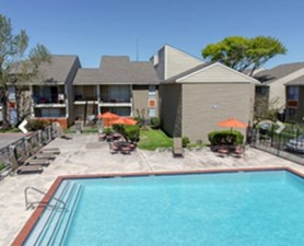 Pool at Listing #139966