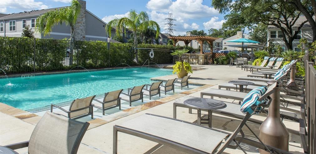 Pool at Listing #214814