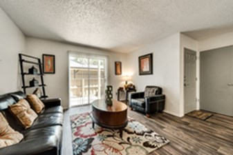 Living at Listing #136275