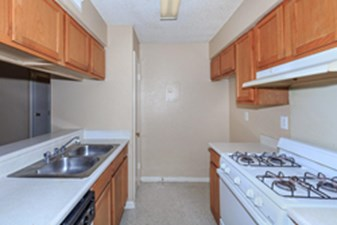 Kitchen at Listing #140559