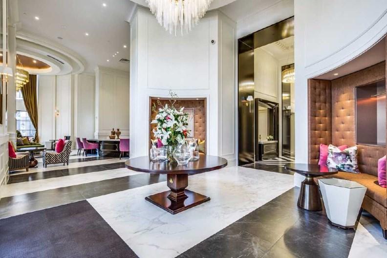 Ivy River Oaks Apartments