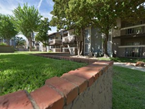 Exterior at Listing #135738