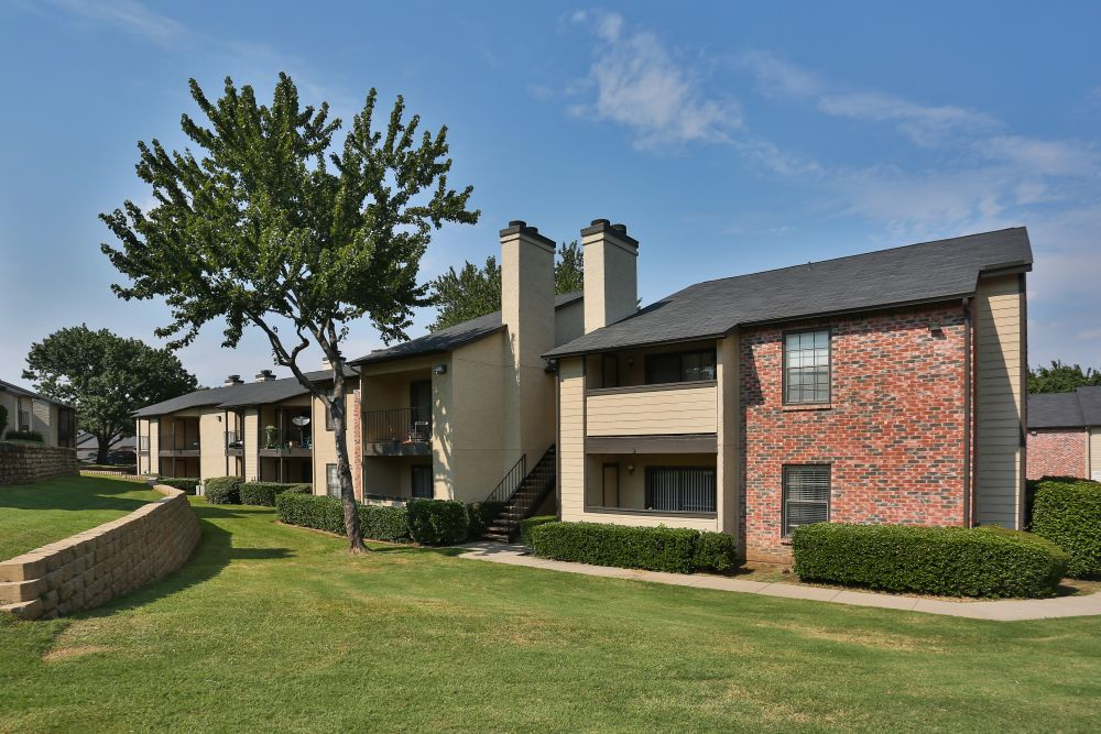 Kensington Station Apartments , TX