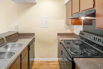 Kitchen at Listing #136844