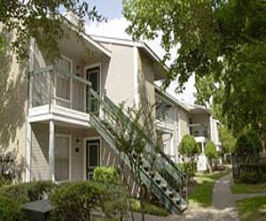 One Camden Court Apartments Houston TX