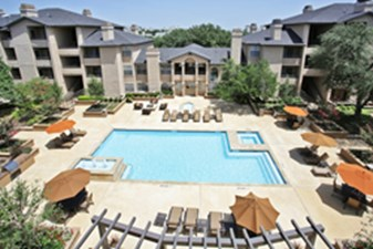 Pool at Listing #135904