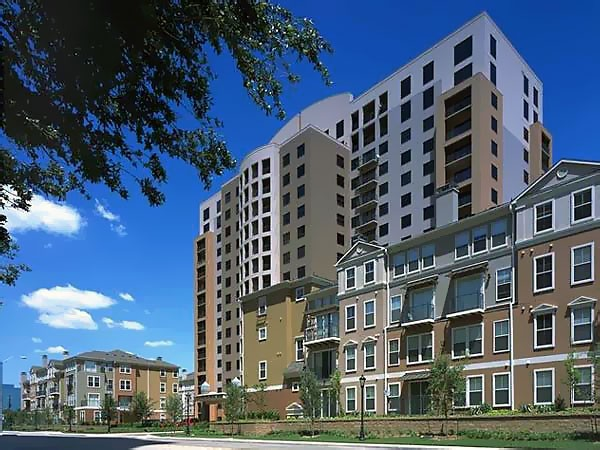 Verona Highrise at Listing #137977
